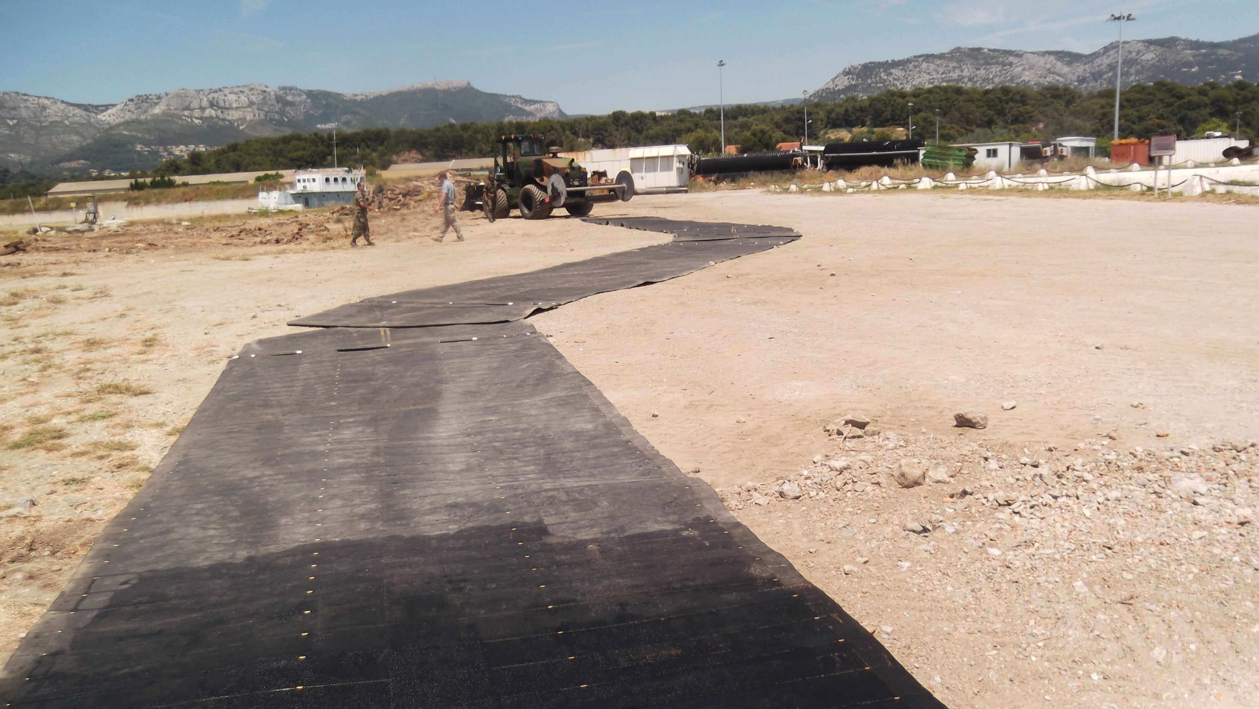 temporary road mats, turning section